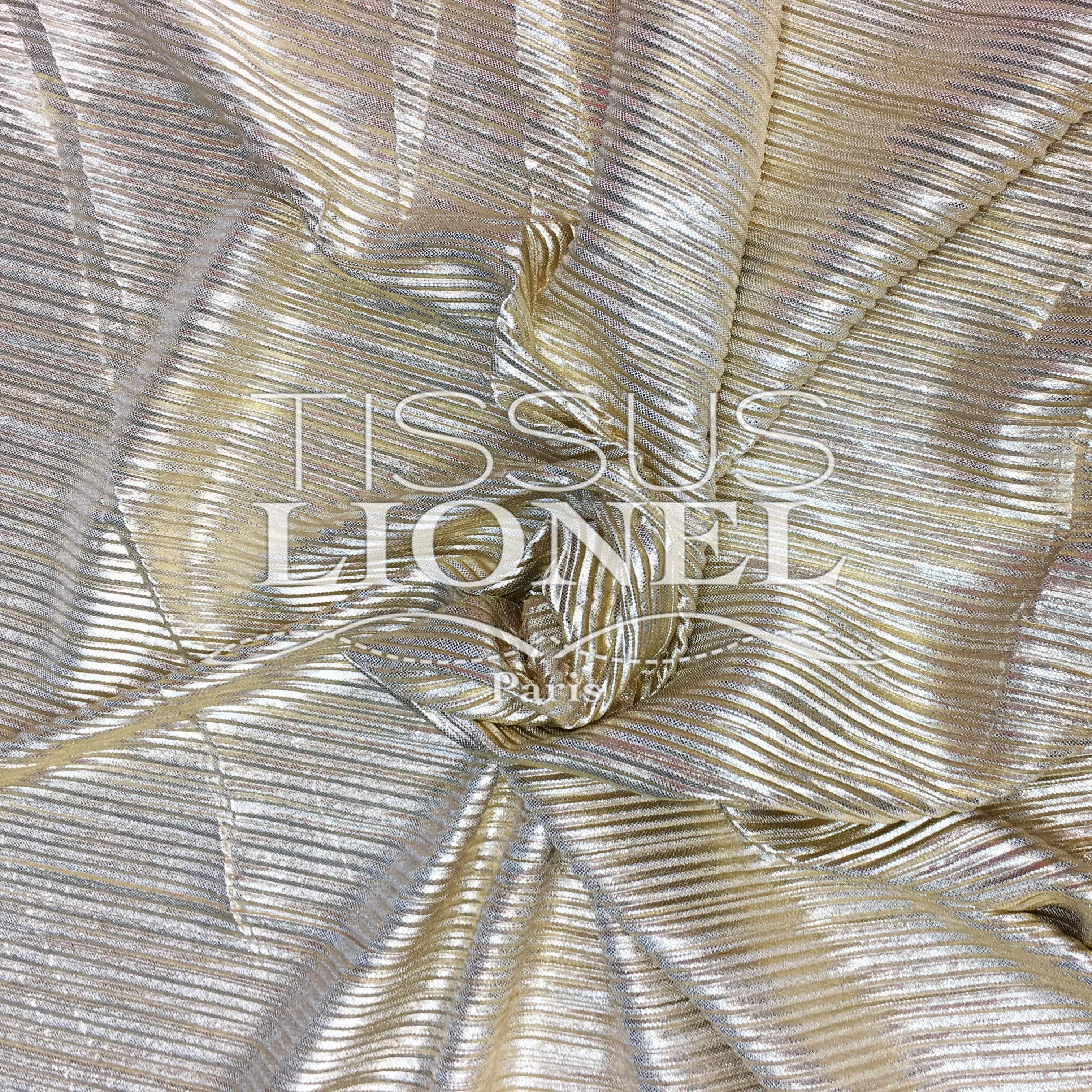 lam pliss or tissus lionel. Black Bedroom Furniture Sets. Home Design Ideas