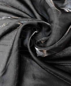 Black Satin-Wechsel