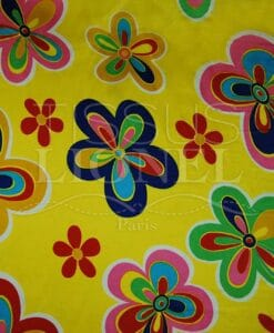 carnaval fleurs colorés sur fond jaune