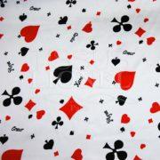 carnaval jeux rouge et noir sur fond blanc