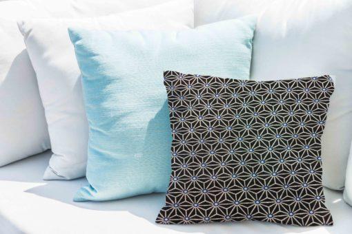 Coton noir motif cube géométriques