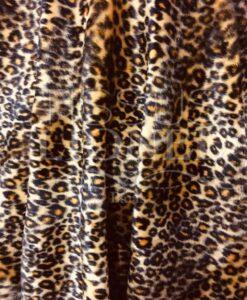 Velboas leopardo de la piel de color amarillo