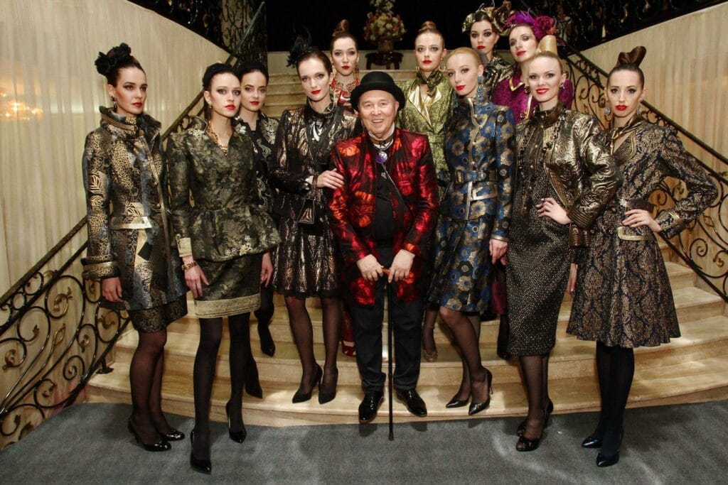 parades : Seizoen Herfst / Winter 2016 stad: Moskou Collection : Womenswear Catwalks door ontwerper Slava Zaitsev