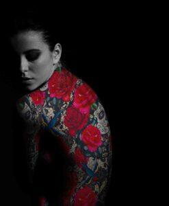 Lycra Netzs Rose Tattoo Leidenschaft
