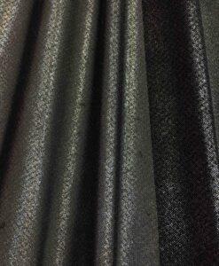 rivestito in lycra maglia di paillettes argento scintillante sfondo nero