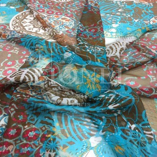 Mousseline de soie motif Paisley fond turquoise
