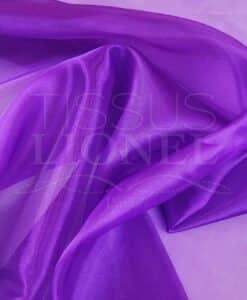 organza liso de color púrpura oscuro