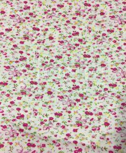 roze beige katoenen bedrukte stof bloemen patroon
