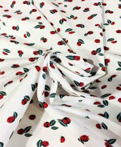 Tissu coton coccinelles sur une feuille