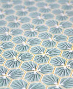 Tissu coton imprimé motif fradji amande