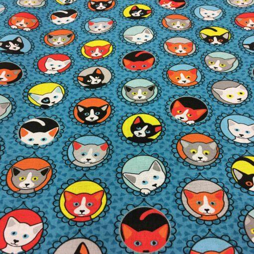 Tissu coton motif imprimé chat multicolors bleu