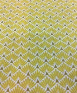 Tela de algodón patrón impreso Peacock amarillo y blanco