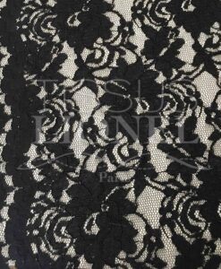 pizzo smerlato in tessuto cucito nero