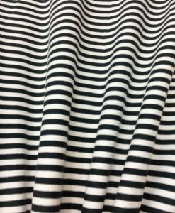 tejido de punto de algodón blanco raya negro