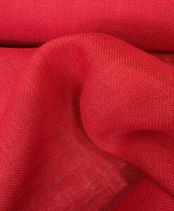 Красная ткань мешковины