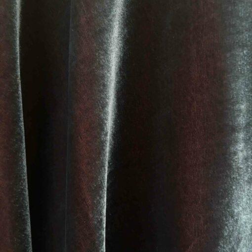 Velours de soie gris changeant crevette endroit