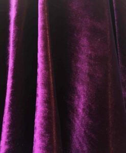 viola velluto di seta cambiando macchia gialla